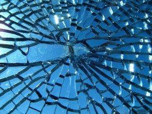 201292719229_Broken_glass